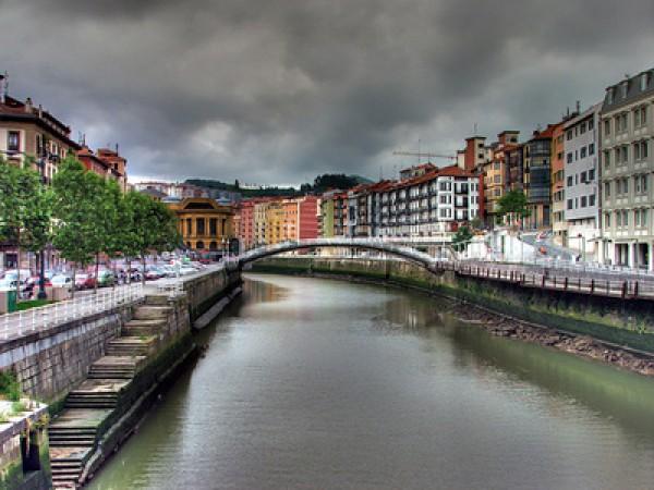 Bilbao - Flussufer