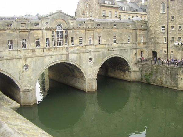 Die Pulteney-Bridge in Bath