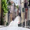 Romantische Gasse in Lissabon